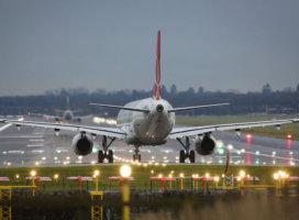 Repülőtérre van szükség a paksi beruházáshoz? Miért nem lobbizik senki Taszárért?