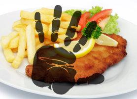 Kirúgták, mert helyi népszavazást szervezett, avagy politikai bosszú áll a rendőrségi étterem üzemeltetőjének eltávolítása mögött?