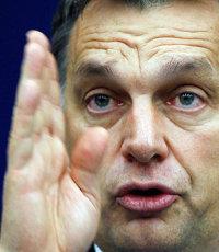 Azt beszéli az egész város: Orbán Viktor ma este megtekinti a majdnem kész Csiky Gergely Színházat és a Buborékok nyilvános főpróbáját