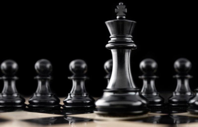 Szita Károly megint tologatta kicsit a figurákat a kaposvári sakktáblán, ahol csak egyféle bábu van…