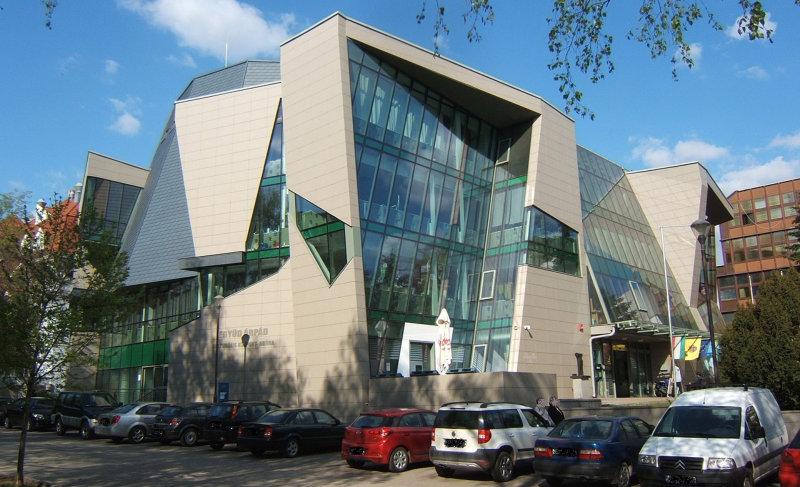 Szinergiák bűvöletében: jövő évtől összevonják az Együd Árpád kulturális központot a Csiky Gergely Színházzal?